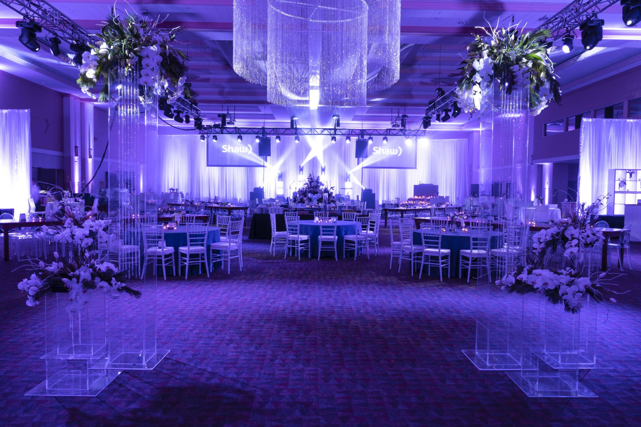 WE CREATE THE ULTIMATE GUEST EXPERIENCE THROUGH EVENT DESIGN